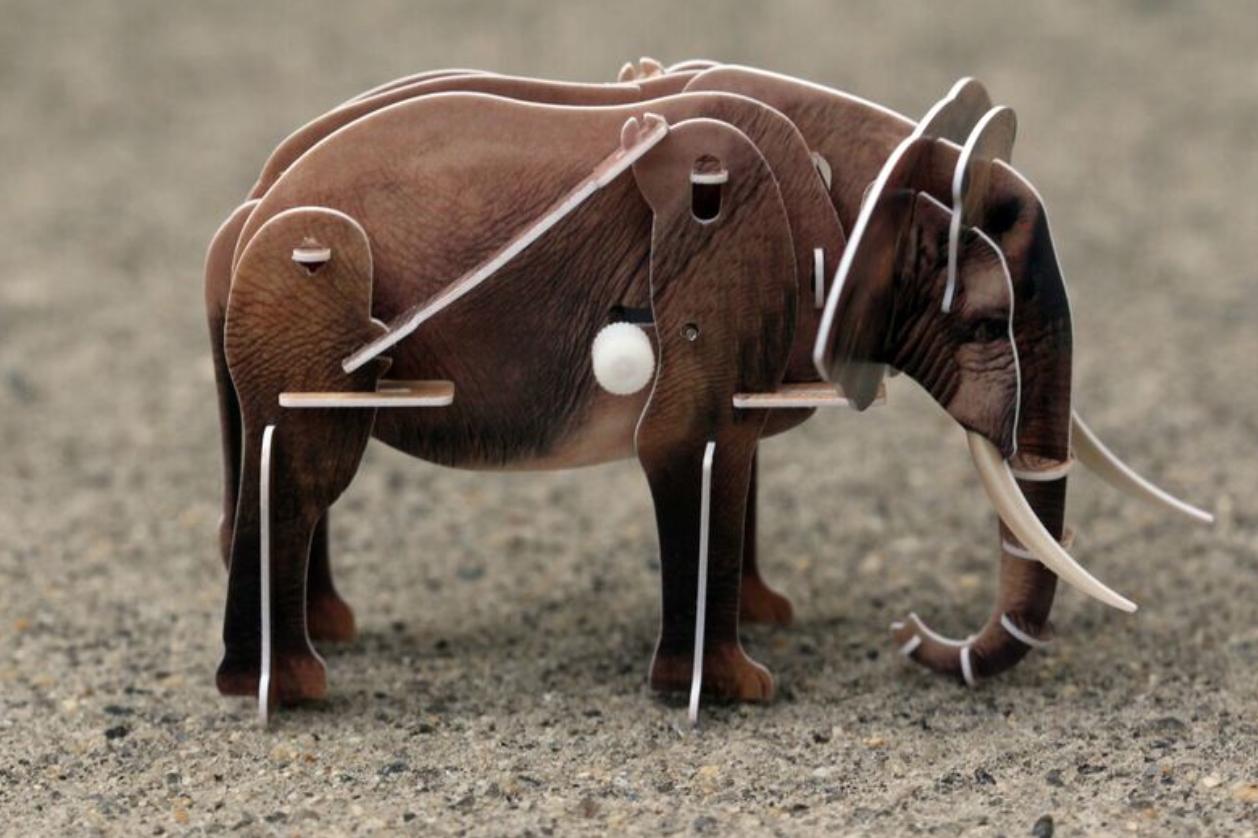 3-D motokit - elephant